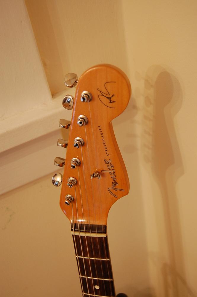 My New Robert Cray Stratocaster   Guitar Idiot