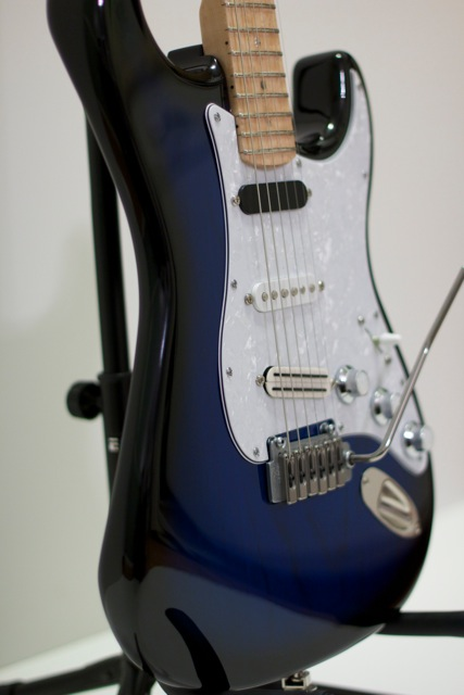 Falls-Rock-Shop-Blue-Burst-Custom-Strat-1