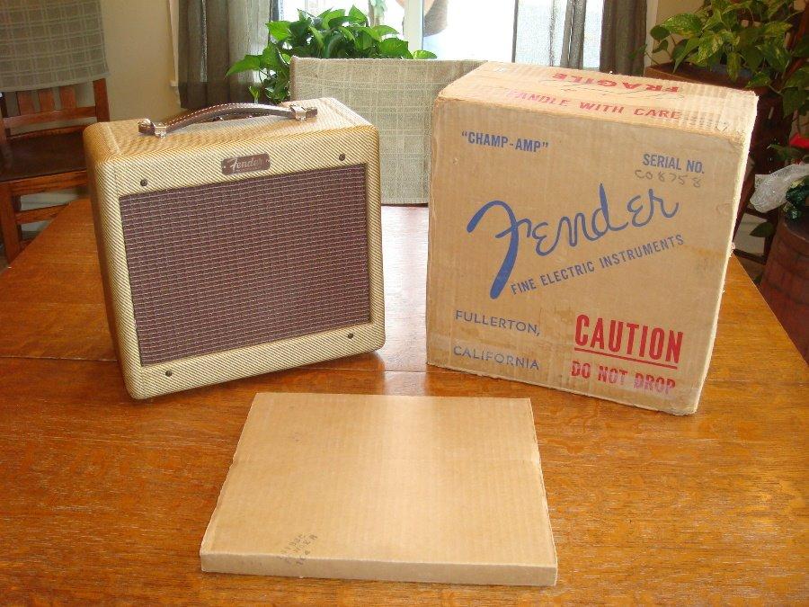 vintage-Fender-Champ-amp